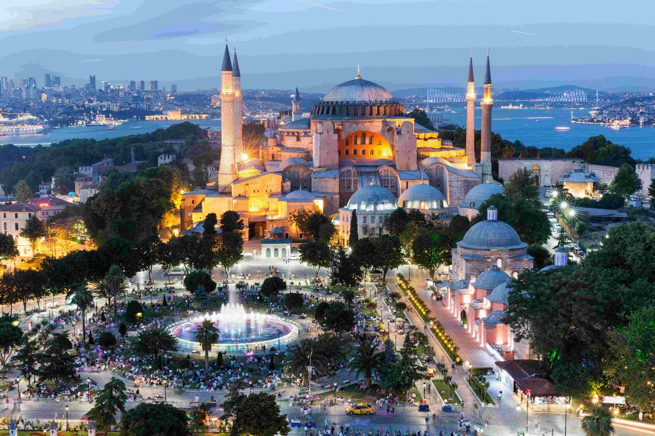 Istanbul walking tour travel booking turkey for Turkey for 12