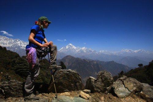 Tourist-admiring-the-Himalaya-view-at-Jalja-La-3386